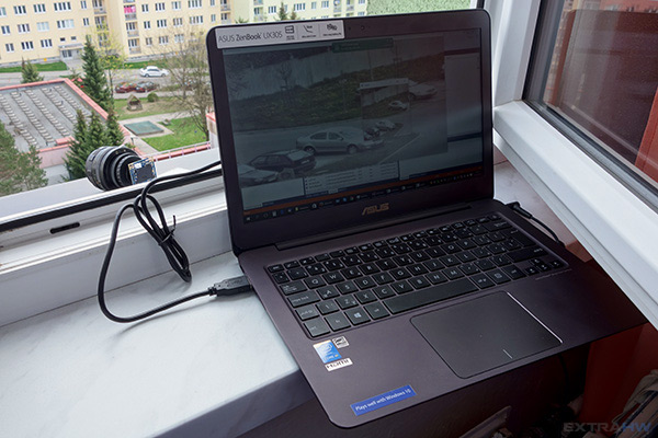 Laptop with ELP camera connected using USB cable
