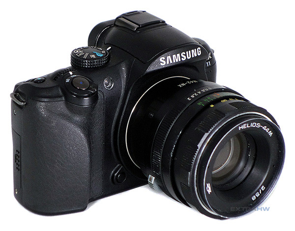 Samsung NX11 with Helios-44M lens